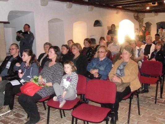 publika na projekciji filma Pcelarski dnevnik